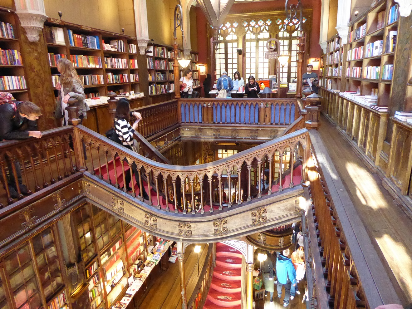 lello-bookstore-2